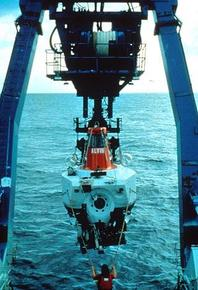 ALVIN being launched from the stern of the Atlantis. Photo © University of Washington, American Museum of Natural History, and Pennsylvania State University.