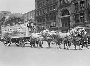 Horse-drawn wagon. Library of Congress
