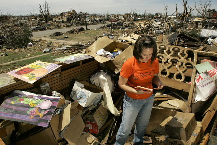 Kansas tornado aftermath
