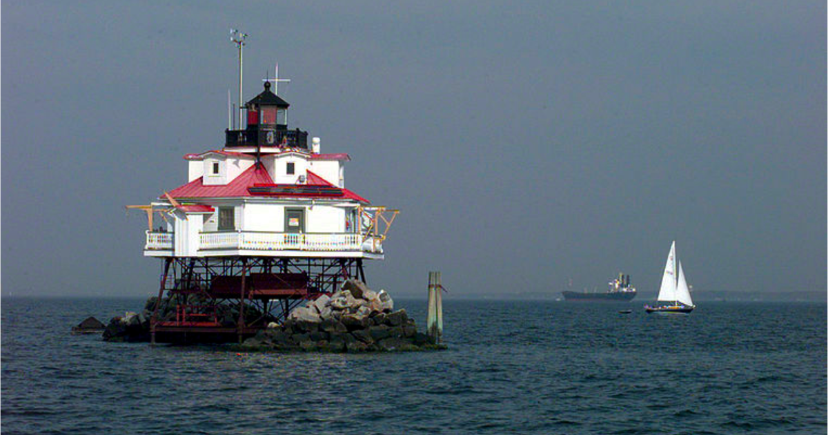 ship and lighthouse, living in a lighthouse, southern maryland lighthouse, green bay lighthouse, st michael's lighthouse, ona lighthouse, potomac lighthouse, solomon's lighthouse, thomas point shoal lighthouse, orange lighthouse, newport news lighthouse, maidens lighthouse, neville lighthouse, dorchester yacht club lighthouse, jacksonville lighthouse, buckroe beach lighthouse, smith island lighthouse, huntington lighthouse, forest lighthouse, space lighthouse, on chesapeake lighthouse drawings plans