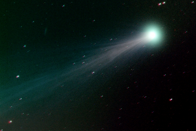 Comet ISON streaming across sky