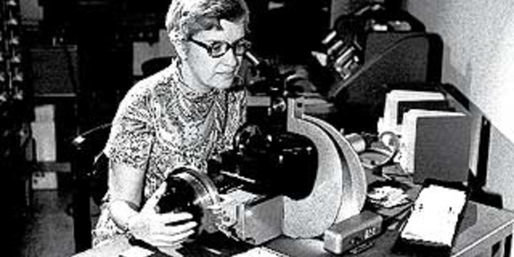 Vera Rubin on Dark Matter: A Factor of Ten | AMNH