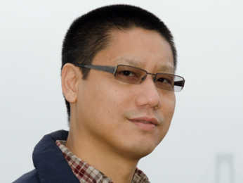 headshot of Oliver Sun