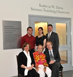 Museum President Ellen V. Futter, Kathryn W. Davis, Christopher C. Davis, and incoming MAT program students John Clark (left), Victoria Jones, and Duncan Blair pose in front of the newly dedicated Kathryn W. Davis Science Teaching Classroom. © AMNH/D. Finnin