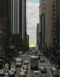 Manhattanhenge: Half Sun Mock-up